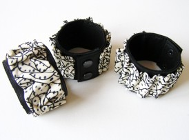 Leder Armband schwarz weiß