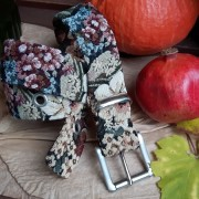 Gürtel mit Blumenmuster aus Polsterstoff