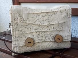 Nostalgische Mini Tasche Crossover bag clutch Umhängetasche Schultertasche Frühlingtasche Holzknöpfe Model 13 Bild vorne