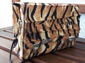 Crossbody bag im Tigerlook Model 16