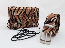 Tiger Mini Damen Handtasche Umhängetasche Schultertasche Clutch Crossover bag vorne 2