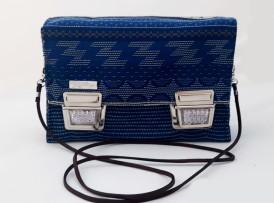 Crossbodybag blau vorne