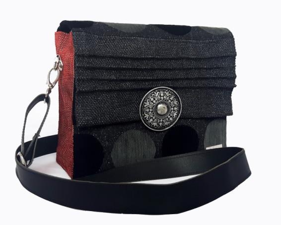 Retro bag black vorne rot